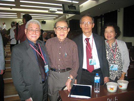 黄德修教授(左二)与本人柯敏雄(左一)及校友洪硕砺夫妇。(柯敏椎医师提供)