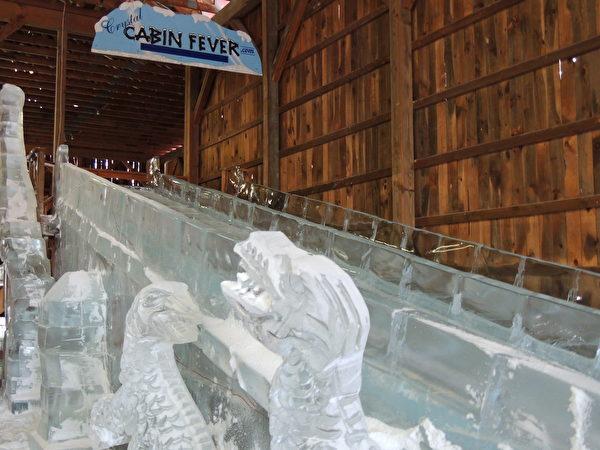 冬天的冰刻。(波可诺景区提供)