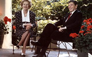美國總統川普(特朗普)和英國首相梅將於本週五在美國首都華盛頓會面。外媒稱,川普和梅在重塑里根和撒切爾時期美英之間的密切關係。(Photo credit should read MIKE SARGENT/AFP/Getty Images)