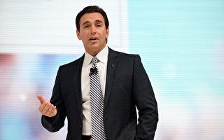 福特公司首席執行官馬克•菲爾德(Mark Fields)表示,這項投資是為當選總統唐納德•川普正在創造的親商業環境的一種「信任投票」。 (Bryan Thomas/Getty Images)