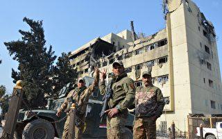 新的一年已經開始,在以美國為首的聯軍協助下,伊拉克政府部隊在打擊伊斯蘭國(IS),奪取摩蘇爾方面也取得進展。(MAHMUD SALEH/AFP/Getty Images)