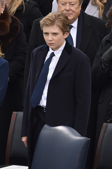 Donald Trump's son Barron is seen during the swearing-in ceremony for the 45th President of the USA in front of the Capitol in Washington on January 20, 2017. / AFP / Timothy A. CLARY (Photo credit should read TIMOTHY A. CLARY/AFP/Getty Images)