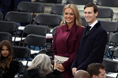 WASHINGTON, DC - JANUARY 20: Jared Kushner (R) arrives with Vanessa Trump on the West Front of the U.S. Capitol on January 20, 2017 in Washington, DC. In today's inauguration ceremony Donald J. Trump becomes the 45th president of the United States. (Photo by Drew Angerer/Getty Images)
