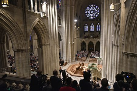 A general view shows the National Prayer Service at the National Cathedral, attended by US President Donald Trump, on January 21, 2017 in Washington, DC. / AFP / MANDEL NGAN (Photo credit should read MANDEL NGAN/AFP/Getty Images)