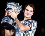 费德勒勇夺2017年澳网男单冠军。(Photo by Cameron Spencer/Getty Images)