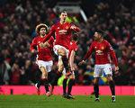 曼联瑞典球星伊布打进了本赛季第14粒联赛进球。 (Laurence Griffiths/Getty Images)