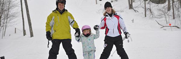 家庭滑雪。(波可诺景区提供)