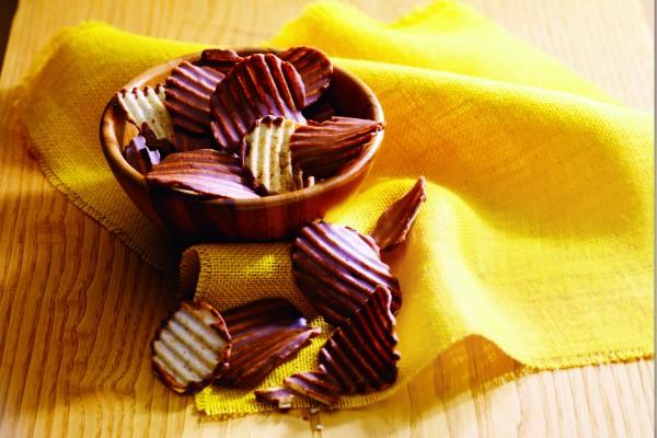 ROYCE' 畅销商品:巧克力薯片。(ROYCE' 提供)