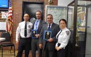 左起:7分局局长Steven M.Hellman、侦探Keith Flannery、侦探Salvatore Tudisco和7分局韩裔执行官许祯允。 (蔡溶/大纪元)