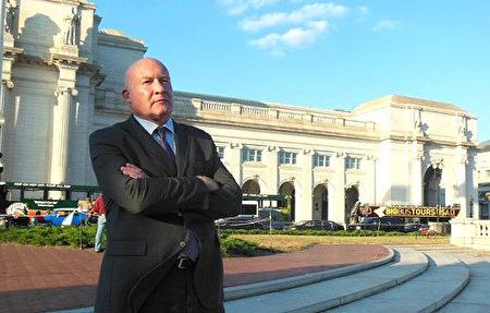 前美国智库研究员、《大屠杀》《失去新中国》作者、独立新闻调查记者伊森.葛特曼(Ethan Gutmann)。(李辰/大纪元)