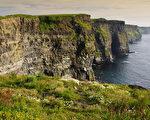 爱尔兰克莱尔郡莫赫悬崖的夕阳 (Fotolia)