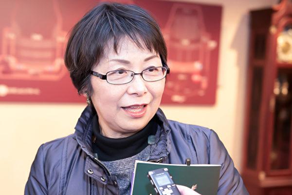 """伊藤雪子(Yukiko Ito)观看神韵演出后表示说:""""以前和朋友去过中国,但是神韵展现的中国平和、有文化底蕴,与当今中国完全不同,看演出得以认识真正的中国。""""(野上浩史/大纪元)"""