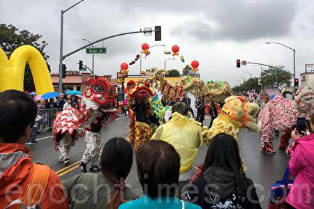 2017年元宵節(2月11日),洛杉磯阿罕布拉市舉辦第26屆「四海迎春」中國新年慶祝活動。(劉菲/大紀元)