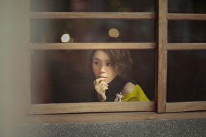 黄雅莉推出新辑《说故事的人总掉眼泪》改变新造型。(种子提供)