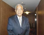 前马里兰州资深众议员、律师Kenneth Montague先生于2月19日在巴尔的摩观看了神韵演出。(李辰/大纪元)