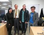 中華民國駐洛杉磯台北經濟文化辦事處科技組長張揚展(左2),訪問湯京曄(右1)經營的公司Spokeo。(駐洛杉磯台北經濟文化辦事處科技組提供)