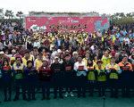 2017台湾灯会即将在云林登场,县府4日在虎尾主灯区举办志工誓师大会,县长李进勇对于预估需要8000名志工,却吸引1万多人报名表示感动。(云林县政府提供)