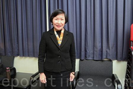 周功鑫认为中华文化的教育可令学童增长自信、深度和智慧。(宋祥龙/大纪元)