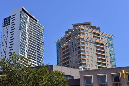 雖然首次購房者的前景仍然暗淡,但悉尼的購房負擔能力正在明顯改善。悉尼的房主們又經歷了房價上漲總體上比較積極的一年,盡管這樣的一個結果混合了不同地區、價格範圍和住房類型等因素。(簡沐/大紀元)