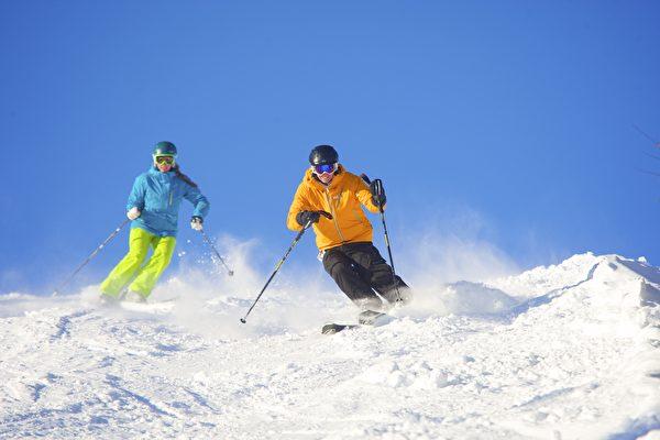 滑雪是一项需要掌握平衡技巧的运动。(Okemo滑雪渡假村提供)