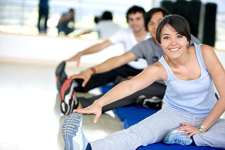 法國健康專家認為,運動不僅沒有藥物帶來的副作用,而且還可能降低病患復發的風險。(Fotolia
