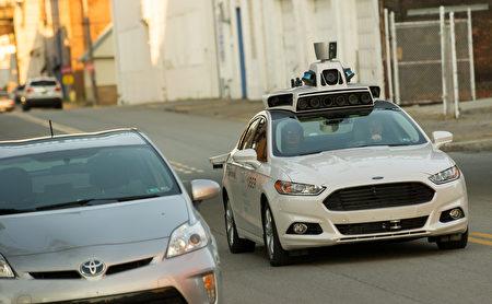 2016年19月开始,Uber在美国宾州匹兹堡测试自动驾驶车服务。(Jeff Swensen/Getty Images)