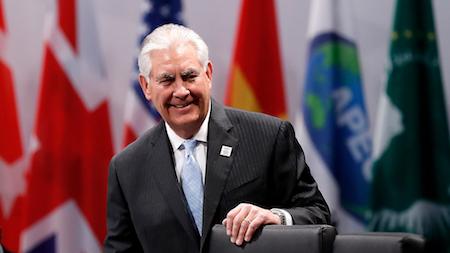 朝鲜上周日(12日)再次发射弹道导弹后,美国国务卿蒂勒森周五(17日)敦促中共动用一切可能的手段,约束朝鲜破坏地区稳定的行为。(Friedemann Vogel/Pool/Getty Images)