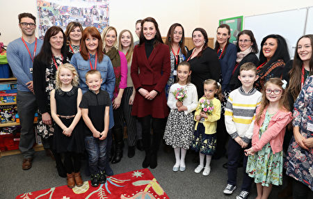 CAERPHILLY, WALES - FEBRUARY 22: Catherine, Duchess of Cambridge visits Caerphilly Family Intervention Team (FIT) to learn about their work with children with emotional and behavioural difficulties, problems with family relationships and those who have or who are likely to self-harm on February 22, 2017 in Caerphilly, United Kingdom. (Photo by Chris Jackson - WPA Pool/Getty Images)