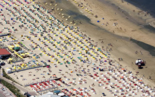 讚德沃特海灘沾光首都 更名阿姆斯特丹海灘