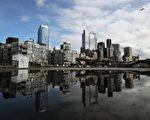 根據美國新聞與世界報導發布的研究結果,在最美一百個最適宜居住的都會區中西雅圖名列第六。圖為西雅圖市中心一景。(MARK RALSTON/AFP/Getty Images)