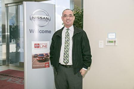 Premier Nissan of Fremont的销售总经理Don Wu。(曹景哲/大纪元)