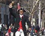 2月20日是美国总统日,当天下午在维吉尼亚州的老城亚历山大,举行了第94届主题游行,这也是全美最大规模、最古老的华盛顿总统生日庆祝游行。(岳柯/大纪元)