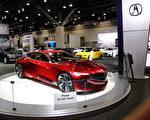 图:Acura展出的Acura Precision Concept概念车,细长的Jewel Eye头灯配上钻石形进风口,将成为Acura家族的面孔。(李奥/大纪元)