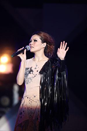 周蕙1月12号在台北国际会议中心举办大型售票演唱会。
