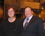 Jim Quillen是一位退休医生,他和妻子Laurie Quillen一同观看了2017年3月3日晚神韵国际艺术团在科罗拉多州丹佛市的第一场演出。(麦蕾/大纪元)