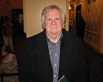 John DeAngelis於3月12日下午在麻州伍斯特觀看完神韻演出後表示,演出帶給觀眾一種非常美好的情感。(Bowen Xiao/大紀元)