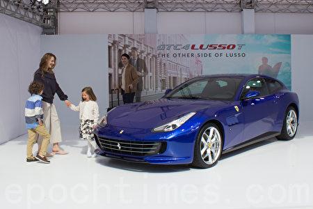 法拉利GTC4Lusso T