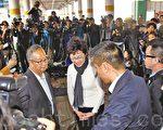 候任行政长官林郑月娥昨日下午到多个地区接触市民。(李逸/大纪元)