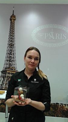 圖:集店主與糕餅師於一身的Elena Krasnova。(以希提供)