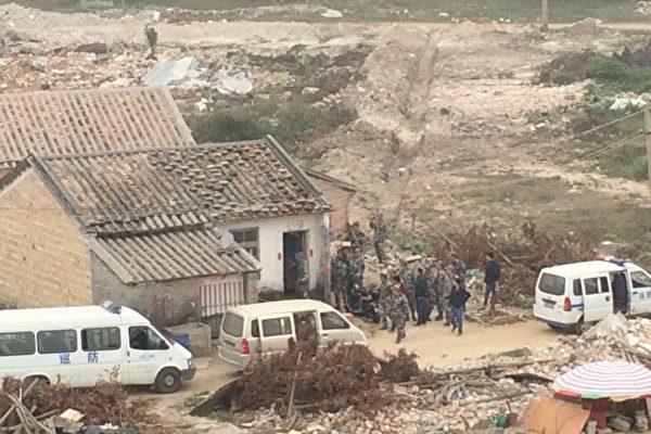 村民遭到当地政府威胁。(志愿者提供)