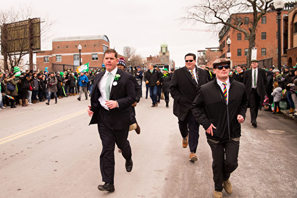 2017年3月19日,波士頓聖派垂克遊行,波士頓市長馬丁•華殊。(戴兵/大紀元)