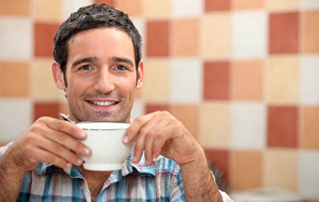 每日摄入咖啡因500~600毫克以上,可能会使神经系统失调。(Shutterstock)
