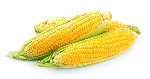黃色玉米所含之葫蘿蔔素(即維生素A之促成者)很高。(Fotolia)