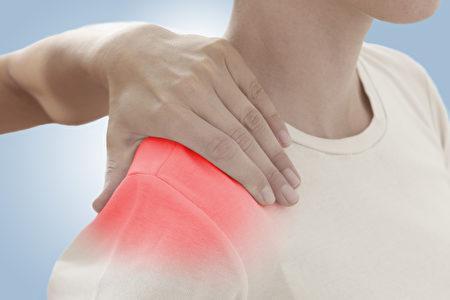 肩膀疼痛。(Fotolia)