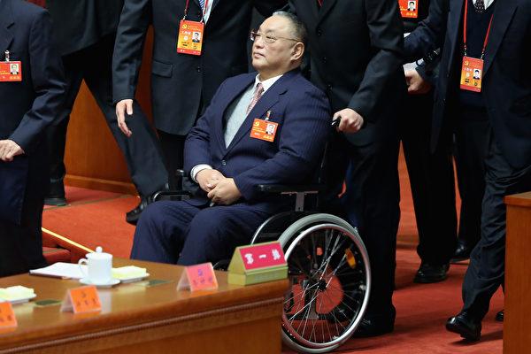 中共许多被打倒的高官们,其子女在成长的岁月中许多都留下了血色记忆。图为邓小平的长子邓朴方。 (Feng Li/Getty Images)