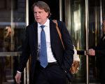 麦加恩(Donald McGahn)是川普的法律顾问,他虽然不是很经常在媒体上出现,但却被认为是白宫西翼中对川普最重要的顾问之一。(Photo by Drew Angerer/Getty Images)