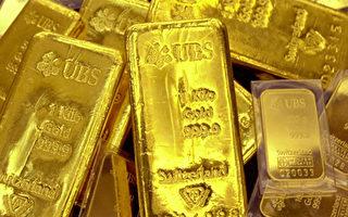 由于中国黄金市场的模糊性和中共官员不愿吐露自己的意图,没有人能准确计算出,中国人自2000年开始积累黄金以来,共收购了多少黄金。(JUNG YEON-JE/AFP/Getty Images)