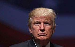 在共和党健保法案失败之后,川普(特朗普)总统最初公开指责民主党。但是在周日(3月26日)早上,他也抨击自由党团和外部团体。(Alex Wong/Getty Images)