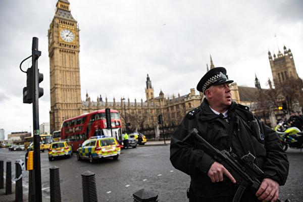 組圖:英議會大廈外爆槍案 警:恐襲事件
