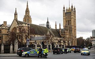 """首相被""""绑""""回唐宁街 议员被锁在议会内"""